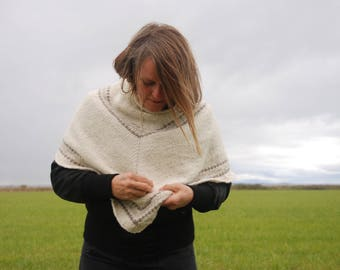 Poncho in Wool