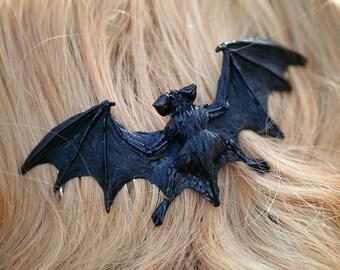 Bat hair comb