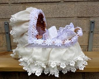 Doll Wicker bassinet, Vintage Doll Wicker Bassinet, Doll bed, Wicker Doll Bed,Doll Furniture