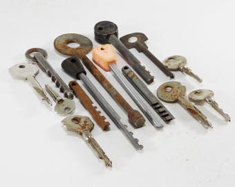 Unique key large skeleton keys ideas Authentic key steampunk supply copper keys industrial decor primitive key jewelry findings stamped key