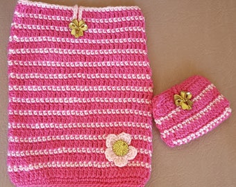 Pink IPad cover, IPad Cozy, Tablet Cover, Crochet IPad cover with Pouch for Charging Cable and Earphones