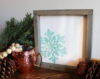 Snowflake sign. Winter decor. Christmas decor. Wood sign.