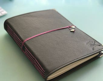 Peregrine Leather Watercolor Journal - Sketchbook - Notebook Gray/Pink Cording 40 pages FABRIANO  140 Lb, 300 gsm COLD pressed paper