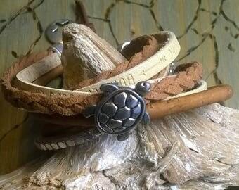 Leather Wrap bracelet turtle brown/beige