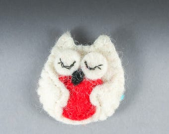Felt Cat Brooch