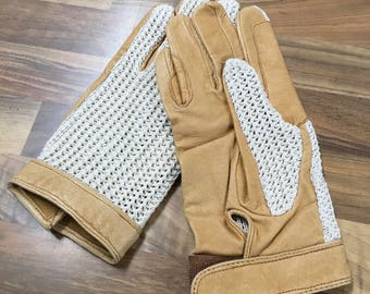 Vintage Light Tan Leather and Crochet Ladies Driving Gloves Size Large
