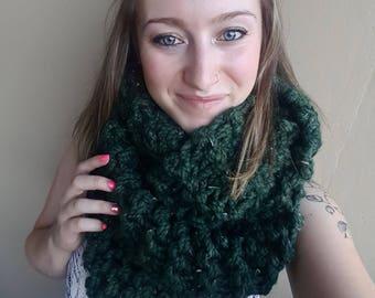 Chunky knit infinity scarf, knit scarf, cozy winter scarf, double wrap scarf//The Killarney Infinity Scarf