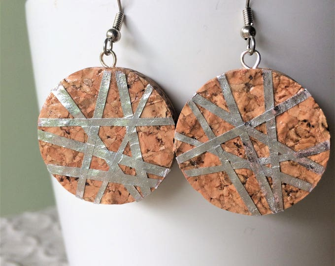 Large Silver Geo-Lines Champagne Cork Earring