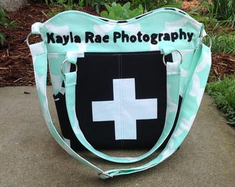 Personalized DSLR padded camera bag deluxe cross body strap, photography, wedding photography, travel camera bag,camera built in insert
