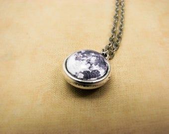 Full Moon Necklace, Tiny Moon Necklace, Space jewelry, Moon Pendant, Galaxy jewelry, Solar System, Universe necklace, Planet pentant, Glass