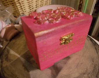 pretty in pink , and gold roses , trinket jewelry box