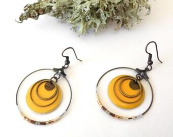 Hoop earrings, mustard yellow and gold, sequins, miyuki Delica glass beads