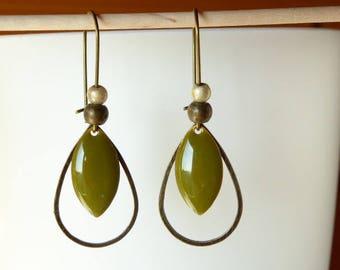 Earring khaki green sequin and bronze drop