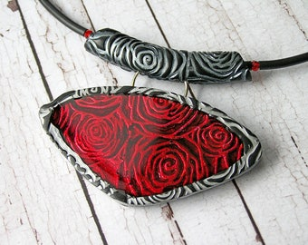 Red Rose Statement Necklace Jewelry necklace Unique piece of jewelry Red and black necklace Bright accessory Vampire necklace Gothick style