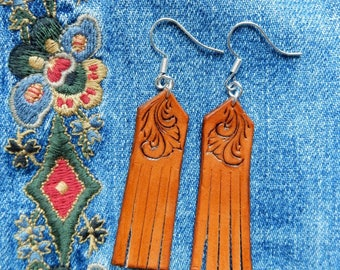 Tan Finger-carved & Fringe Leather Earrings