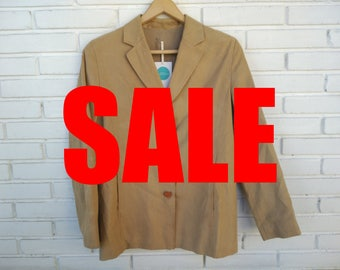 SUEDE BEIGE JACKET // vintage clothing // chaqueta marrón de antelina // regalo para mujer // made in spain / sale
