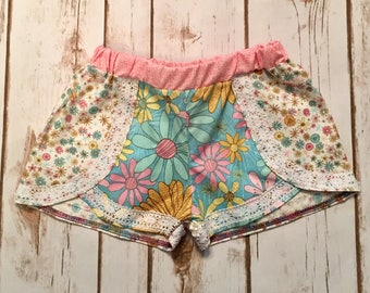 Boho size 3T floral shorts