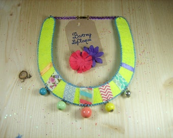 Tangy bib necklace pearls and ribbons