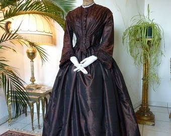 1855 Crinoline Dress, antique Dress, antique Gown, Victorian Dress, antikes Kleid, robe ancienne, victoriaanse kleding