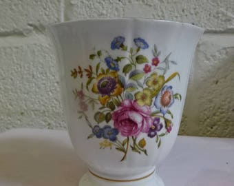 Royal Worcester Medium Vase/Bournemouth/Fine Bone China/Collectable/Vintage/1970s