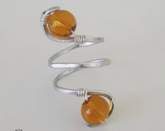 Wired ring with two Collier stones