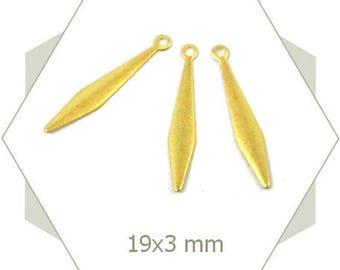 Matte gold elongated diamonds BG63 15 charms