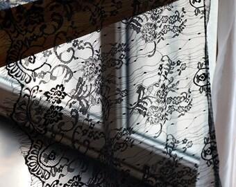 1.5 M x 55cm black chantilly - Ref BLACK LACE lace. 2205