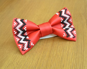 Red bow tie Embroidered Bow ties for boys Bow ties for men Groomsmen bow tie Ukrainian style Handmade Mens red white bow tie Gift for him