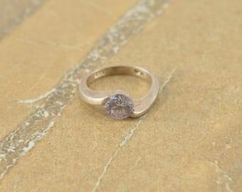 Light Purple Stone Circle Bezel Bypass Ring Size 3 Sterling Silver 2.4g Vintage Estate