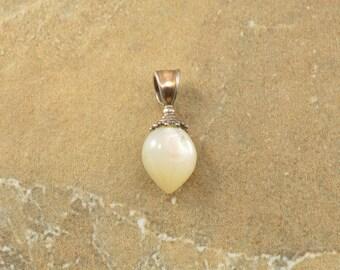 White Cabochon Stone Teardrop Dot Trim Charm Sterling Silver 1.4g