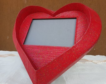 Heart frame made with toothpicks