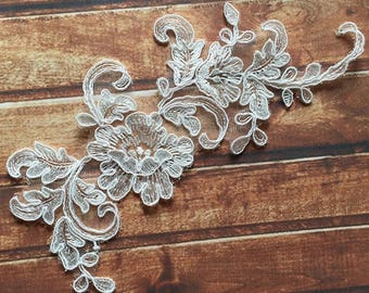 1 Pair Bridal Lace Applique Trim Appliques in Beige for   Weddings,Sashes,Veils,Headpieces, WL859