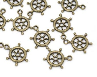 10 ps Antique Bronze Helm Wheel Charms 20x15mm