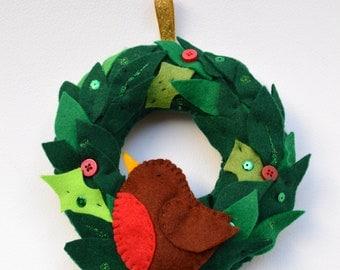 Christmas Robbin wreath, robbin, christmas wreath, fabric wreath, handmade robbin