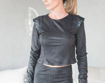 Black Crop Top, Sequin Clothing, Short Top, Black Blouse, Gothic Clothing, Minimalist Fashion, Fitted Top, Steampunk Clothing, Party Top