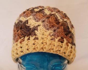 Autumn/winter beige beanie.