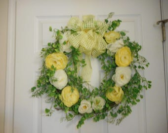 Yellow/White Floral Wreath