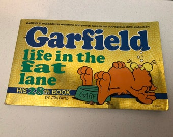 "Vintage 1995 Garfield  ""life in the fat lane""  Comic Book by Jim Davis His 28th Book"