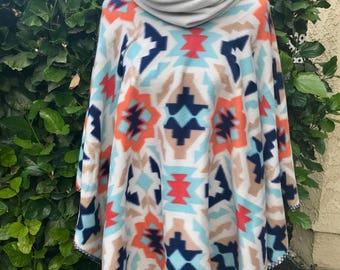 Geometrical fleece poncho