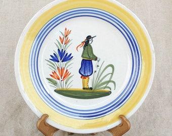 True Vintage 1922-1968 Quimper 7 inch Plate
