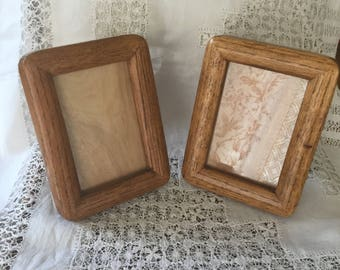 A Pair of Vintage 1940's 1950's Oak Wood Chunky Rounded Photo Frames