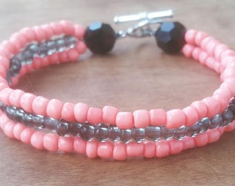 0/6 Pink and Gray Stacked Glass Beaded Bracelet