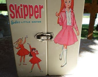 Skipper (Barbie's Little Sis) 1964 Case With Handle