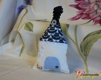 Little House to hang or deco purse