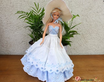 Set for Barbie or other doll. Hand made