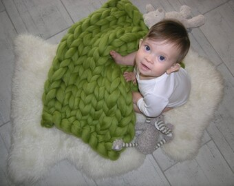 CHUNKY KNIT Baby BLANKET, highest quality, arm knit from 100% merino wool, extra felt