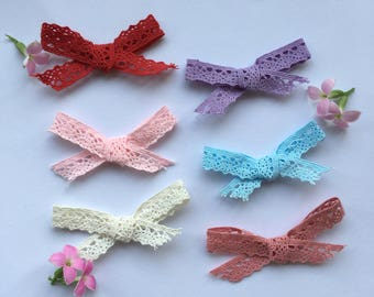 Elegant Hand-Tied Lace Bow