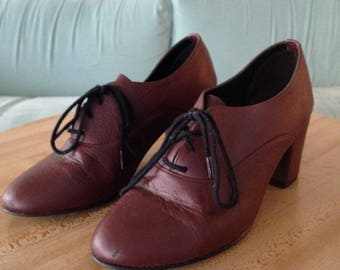 American Apparel Maroon Leather Oxford Heels Size 6.5M