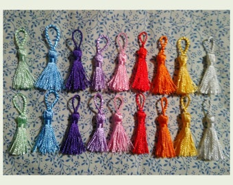 2 mini tassel, nylon, 5 cm. Shiny and dainty. Jewelry making supply.
