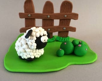 Little sheep ride: gate card or decoration